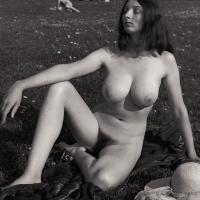 Julie-01