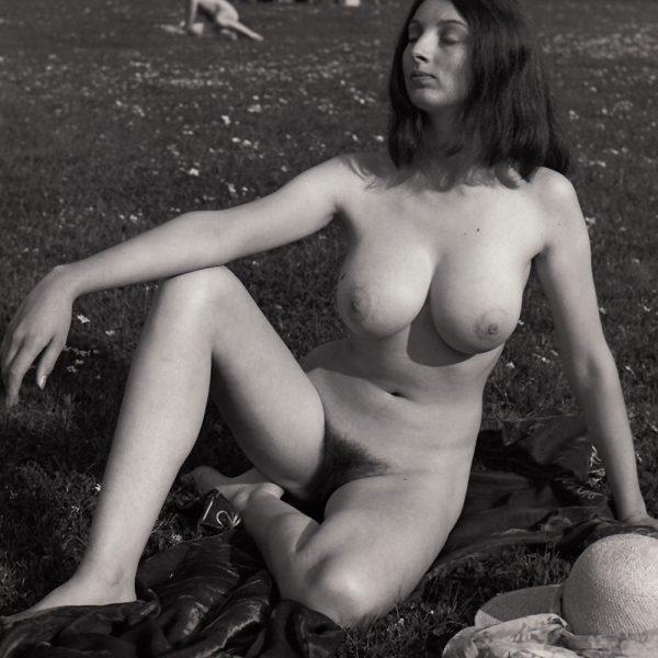 Julie 01